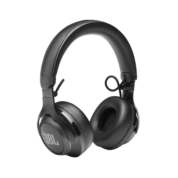 JBL CLUB 700BT - Black - Wireless on-ear headphones - Detailshot 2